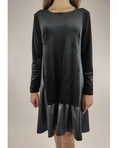 Veliūrinė suknelė...