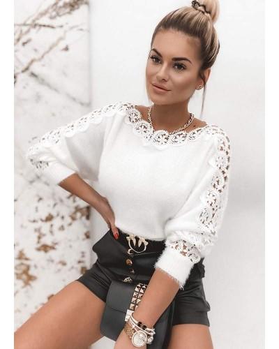 Baltas megztinis su nėriniais