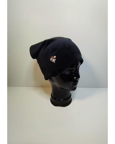 Veliūrinė kepurė juoda